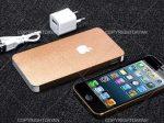 پاور بانک اپل Apple دارای دو پورت خروجی و ظاهری کاملا مشابه گوشی ایفون