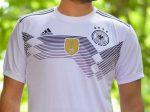 لباس جام جهانی آلمان با ظاهر بسیار شیک ویژه علاقه مندان به ورزش و فوتبال